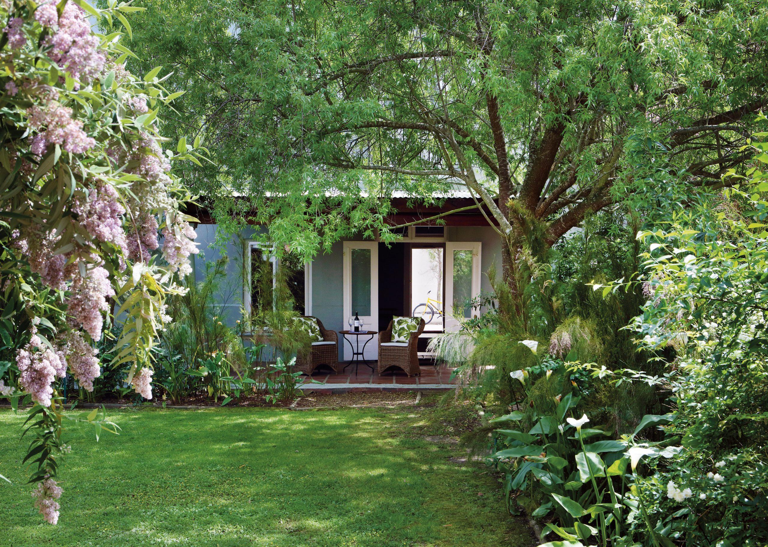 Hotel - Garden Courtyard